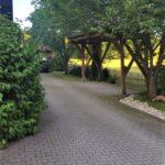 Carport mit Parkmöglichkeit